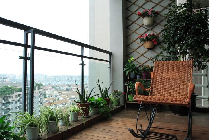 卧室带阳台装修设计 摒弃单一的功能设计